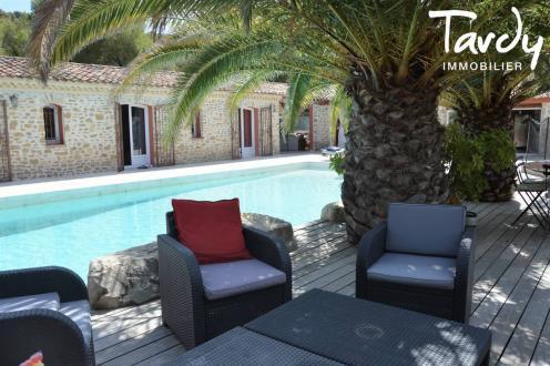 Maison de luxe à vendre SAINT CYR SUR MER, 144 m², 4 Chambres, 845000€