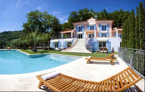 Luxus-Villa zu verkaufen GRASSE, 410 m², 6 Schlafzimmer