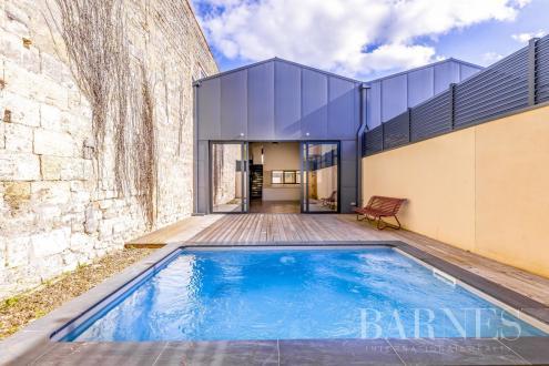 Дом класса люкс на продажу  Бордо, 165 м², 3 Спальни, 1245000€