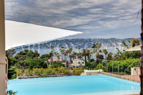 Luxury House for rent CAP D'ANTIBES, 275 m², 6 Bedrooms,