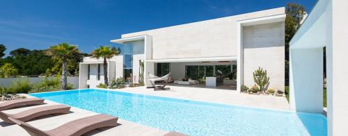 Luxury House for rent BIOT, 400 m², 4 Bedrooms,