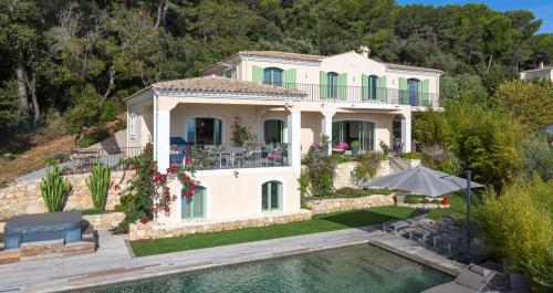 Casa di lusso in vendita LE GOLFE JUAN, 380 m², 4 Camere, 3100000€