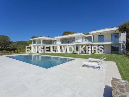 Villa de luxe à vendre GRIMAUD, 406 m², 6 Chambres, 9950000€