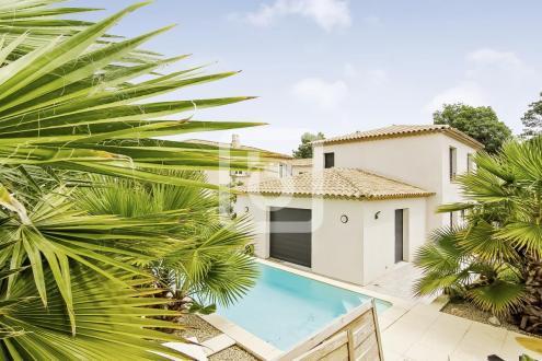 Luxury Villa for sale ANTIBES, 128 m², 4 Bedrooms, €755000