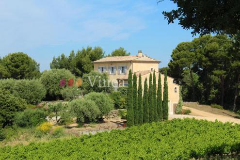 Luxus-Weingut / Reiterhof zu verkaufen AVIGNON, 215 m², 3 Schlafzimmer, 1688580€