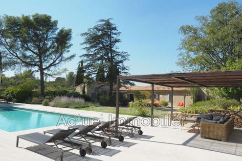 Luxus-Haus zu vermieten FONTVIEILLE, 340 m², 7 Schlafzimmer,