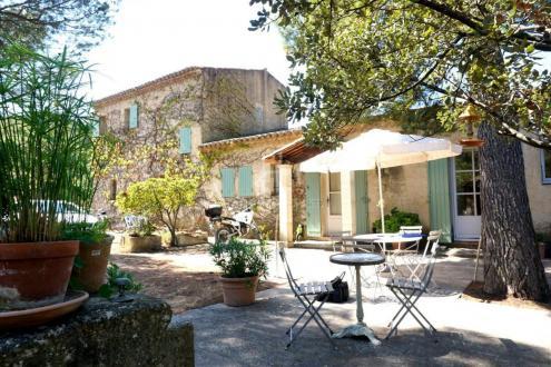 Propriété de luxe à vendre MAUSSANE LES ALPILLES, 250 m², 5 Chambres, 1100000€