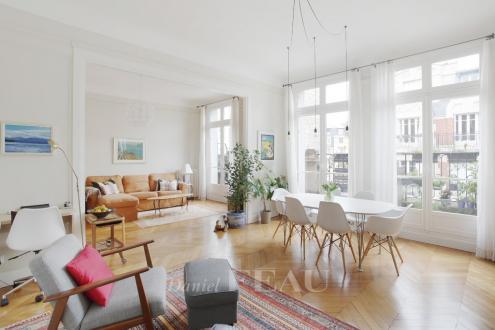 Appartement de luxe à louer PARIS 16E, 178 m², 4 Chambres, 5355€/mois