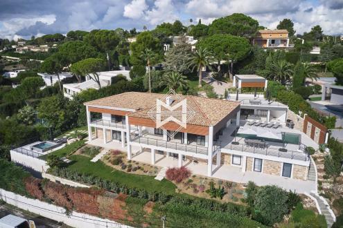 Maison de luxe à louer CANNES, 380 m², 5 Chambres,