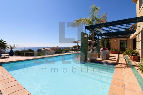 Maison de luxe à vendre SAINT AYGULF, 178 m², 3 Chambres, 895000€
