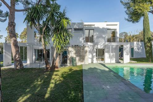 Villa de luxe à vendre CAP D'ANTIBES, 260 m², 5 Chambres, 4500000€