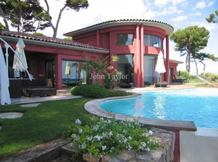 Casa di lusso in affito ANTIBES, 320 m², 5 Camere,
