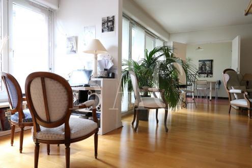 Квартира класса люкс на продажу  Париж 20ый, 105 м², 3 Спальни, 1130000€