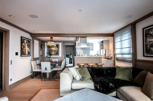 Luxury Apartment for rent COURCHEVEL, 697 m², 2 Bedrooms,