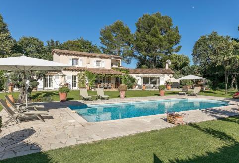 Villa de luxe à vendre LE ROURET, 280 m², 4 Chambres, 2495000€