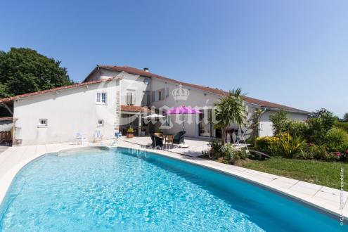 Maison de luxe à vendre DAX, 450 m², 7 Chambres, 790000€