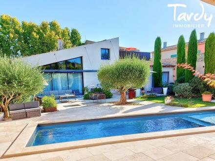 Luxury House for sale AIX EN PROVENCE, 248 m², 5 Bedrooms, €990000