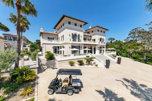 Maison de luxe à louer SAINT TROPEZ, 1000 m², 11 Chambres,