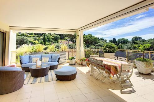 Appartement de luxe à vendre LE CANNET, 145 m², 4 Chambres, 1200000€