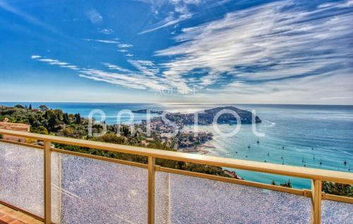 Luxus-Wohnung zu verkaufen VILLEFRANCHE SUR MER, 90 m², 920000€