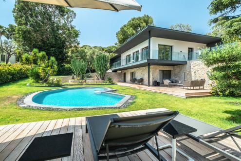 Villa de luxe à vendre SAINT JEAN CAP FERRAT, 290 m², 6 Chambres, 6400000€