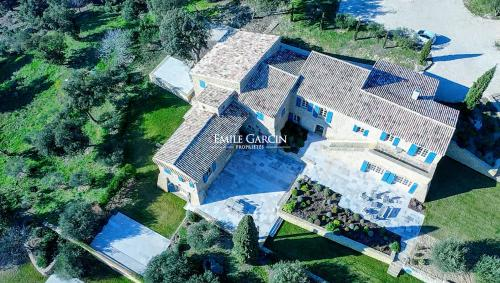 Luxury House for rent LAURIS, 600 m², 9 Bedrooms,