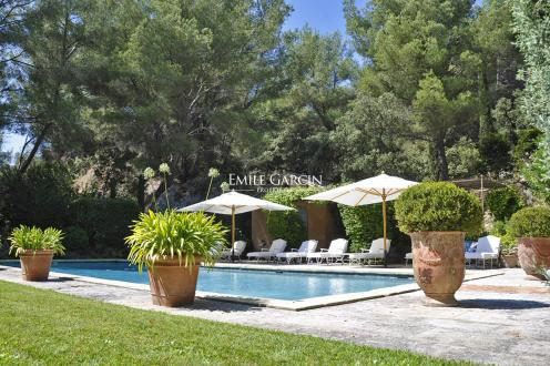 Casa di lusso in affito PARADOU, 800 m², 7 Camere,