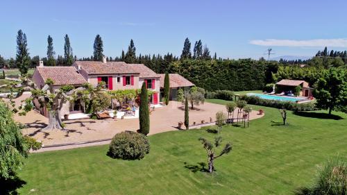 Maison de luxe à vendre SAINT REMY DE PROVENCE, 300 m², 4 Chambres, 1484000€
