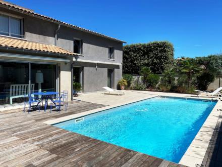 Luxus-Haus zu verkaufen VILLENEUVE LES AVIGNON, 195 m², 3 Schlafzimmer, 717000€