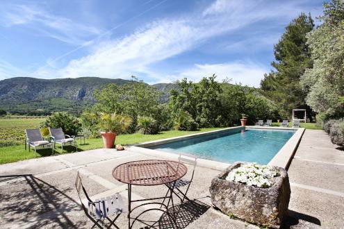 Propriété de luxe à vendre OPPEDE, 810 m², 19 Chambres, 5400000€