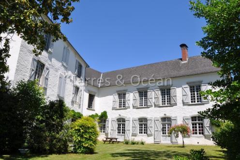 Château / Manoir de luxe à vendre MAULEON LICHARRE, 550 m², 6 Chambres, 855750€