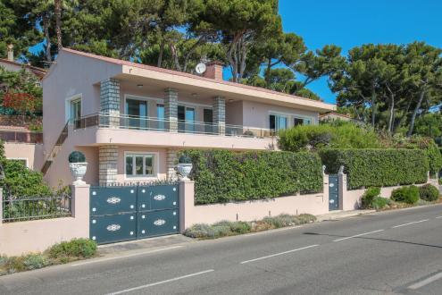 Villa de luxe à vendre ANTIBES, 2700000€