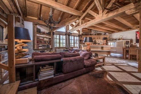Maison de luxe à vendre COURCHEVEL, 200 m², 4 Chambres, 1352000€