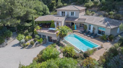 Luxus-Haus zu verkaufen LE CASTELLET, 255 m², 5 Schlafzimmer, 1049000€