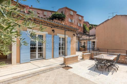 Maison de luxe à vendre ROUSSILLON, 170 m², 3 Chambres, 692000€