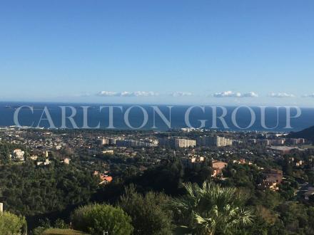Luxus-Wohnung zu verkaufen MANDELIEU LA NAPOULE, 82 m², 2 Schlafzimmer, 590000€