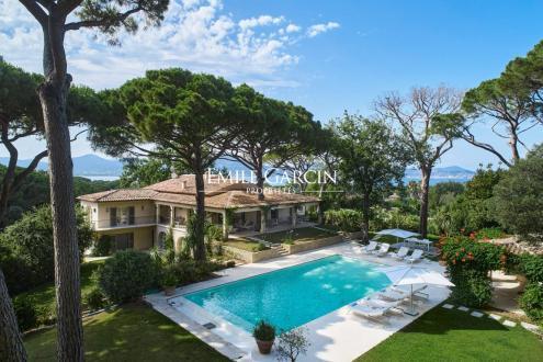 Maison de luxe à louer SAINT TROPEZ, 500 m², 6 Chambres,