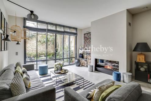 Дом класса люкс на продажу  Париж 16ый, 222 м², 5 Спальни, 4990000€