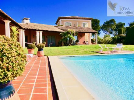 Maison de luxe à vendre SAINT CYR SUR MER, 330 m², 5 Chambres, 1768000€