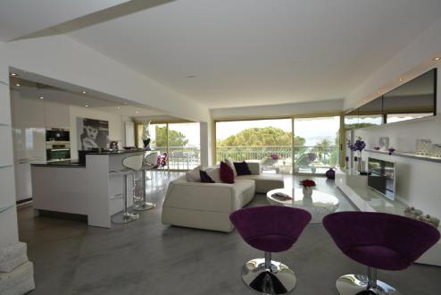 Luxury Apartment for rent CANNES, 105 m², 2 Bedrooms,