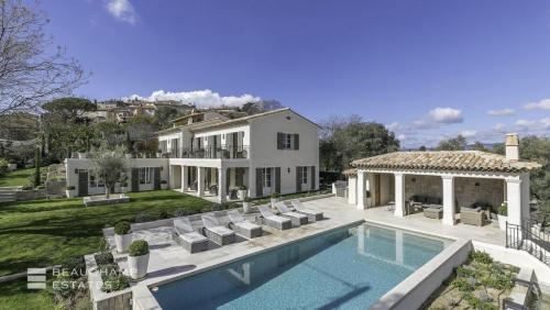 Luxus-Haus zu vermieten MOUGINS, 350 m², 5 Schlafzimmer,