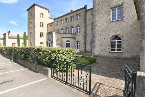 Appartement de luxe à vendre TOURRETTES, 250 m², 987000€