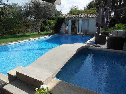 Luxury House for sale LE MUY, 226 m², 4 Bedrooms, €749000