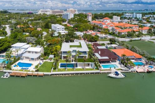 Дом класса люкс на продажу  Флорида, 700 м², 5 Спальни, 6450000€