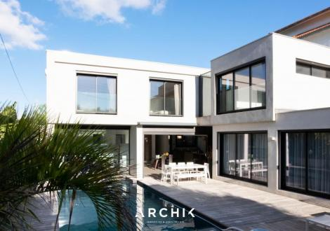 Maison de luxe à vendre MARSEILLE, 200 m², 5 Chambres, 1695000€