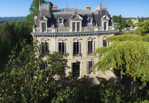 Hôtel particulier de luxe à vendre MONTELIMAR, 900 m², 6 Chambres, 1500000€
