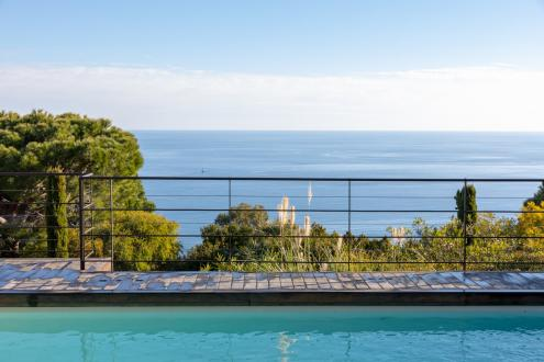 Casa di lusso in vendita VALLAURIS, 190 m², 4 Camere, 2890000€