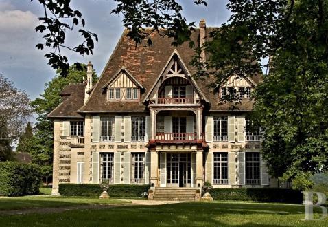 Luxus-Schloss / Herrenhaus zu verkaufen CAEN, 1100 m², 14 Schlafzimmer, 1575000€