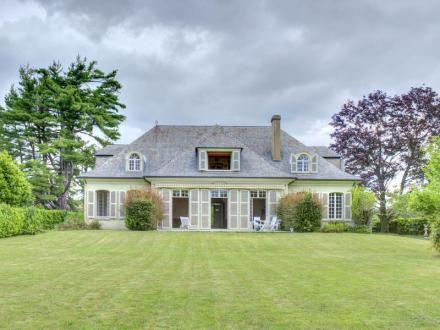 Maison de luxe à vendre PAU, 280 m², 6 Chambres, 655200€