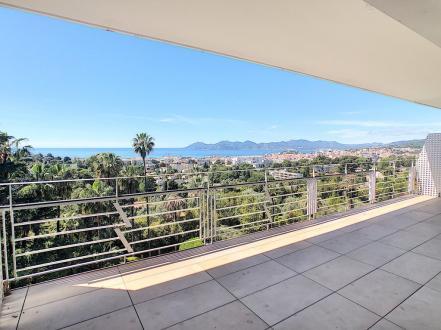Luxe Appartement te huur CANNES, 73 m², 2 Slaapkamers, 2800€/maand